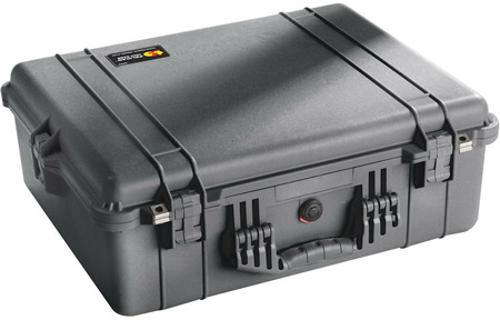 Pelican 1600 Case King With Foam - 23.25inL x 20.75inW x 9inD- Black