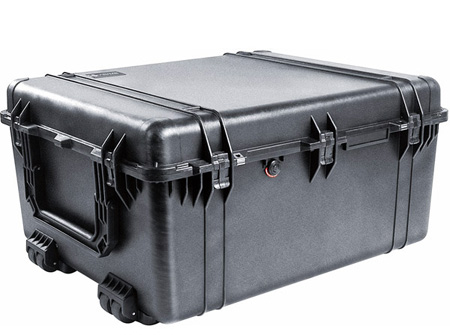PELICAN 1690 Case 33.4L x 28.4W x 17.2D - Black - With Foam