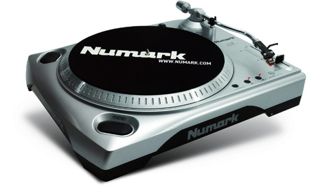 Numark TTUSB Turntable With USB Audio Interface and Audacity Software