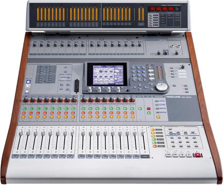 Tascam DM-3200 32 Ch. Digital Mixer 16 Busses 8 Aux Sends 2 Digital Effects