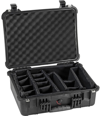 Pelican 1520 Case with Padded Dividers - Black