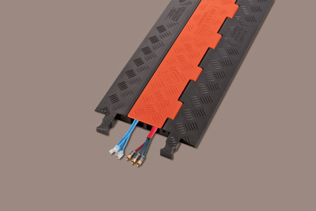 Guard Dog Low Profile-2-CH. w/Standard Ramps - 3 Foot - Orange Lid/Black Base