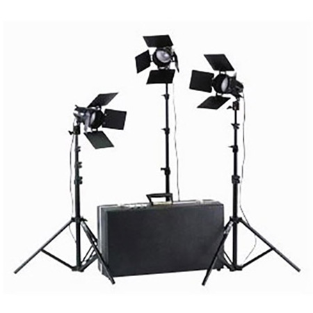 Smith Victor 1800W(total) Three Light Kit with 3 sets of barndoors