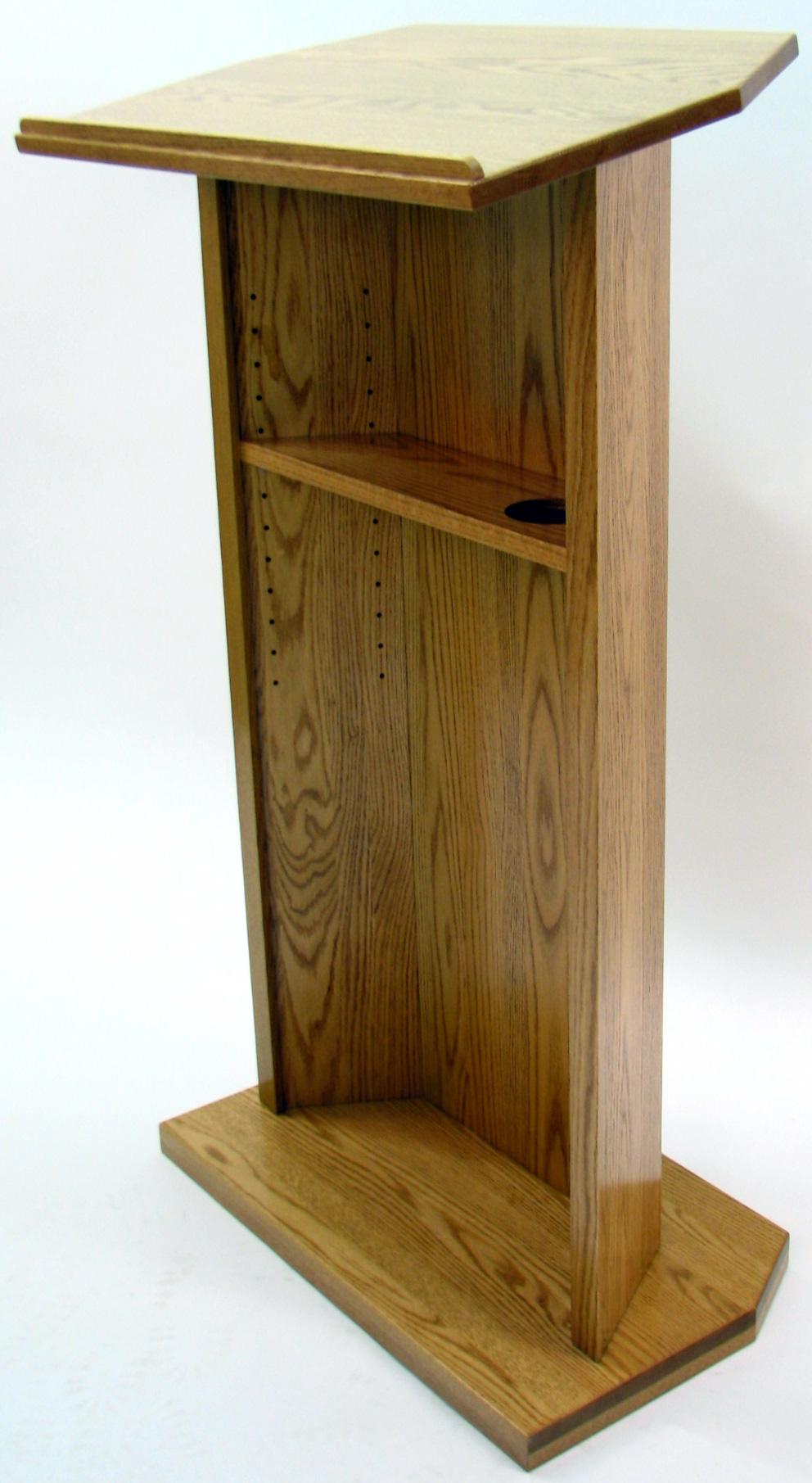 Executive wood diplomat oak lectern light finish