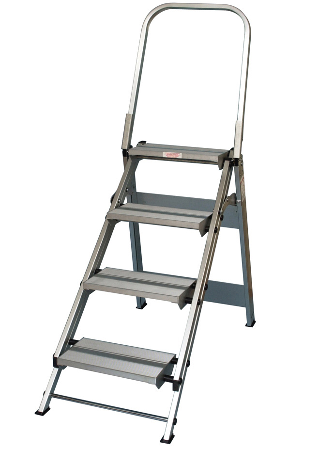 Xtend Amp Climb Wt4 4 Step Folding Safety Step Stool With