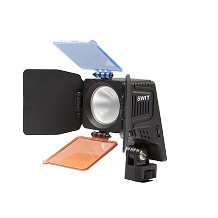 SWIT S-2070D Package Chip Array LED On-camera Light with Panasonic VW-VBD58 Battery mount