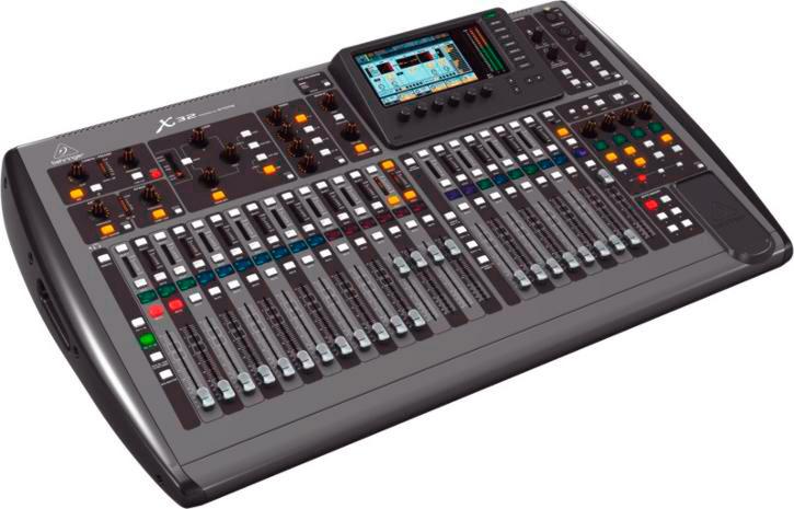 behringer x32 32 channel digital mixing desk b stock box is worn unit is 100. Black Bedroom Furniture Sets. Home Design Ideas