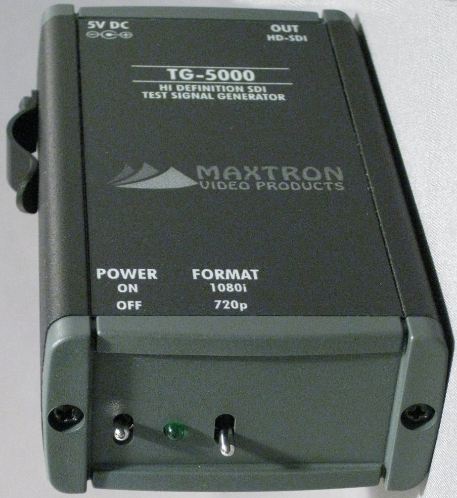 Maxtron TG-5000B HD-SDI Pattern Gen With Internal Li-Ion Batt TG-5000B